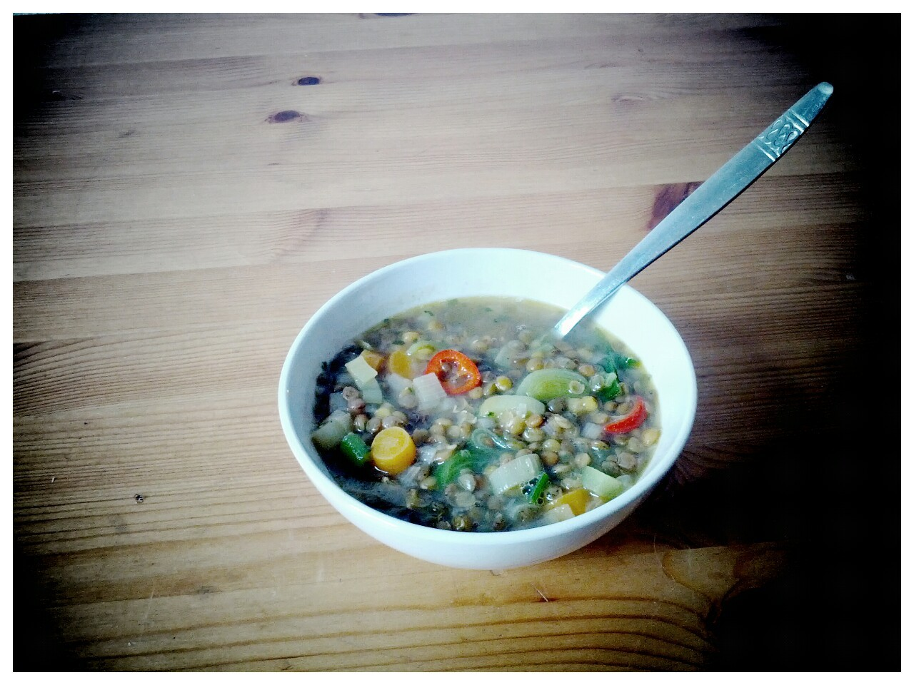 hingeguckt:  Lentil soup for (late) lunch.
