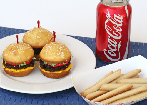 bakeddd:  hamburger cupcakes with cookie fries click here for recipe