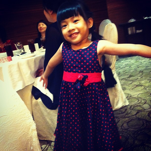 My #pretty #niece ! (: #wedding #fashion #children #kids #cute #dress (Taken with Instagram)