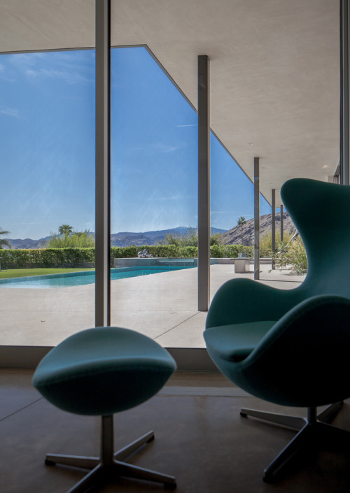 midcenturia:  Christie Residence, Palm Springs. Architect: James Schmidt. via