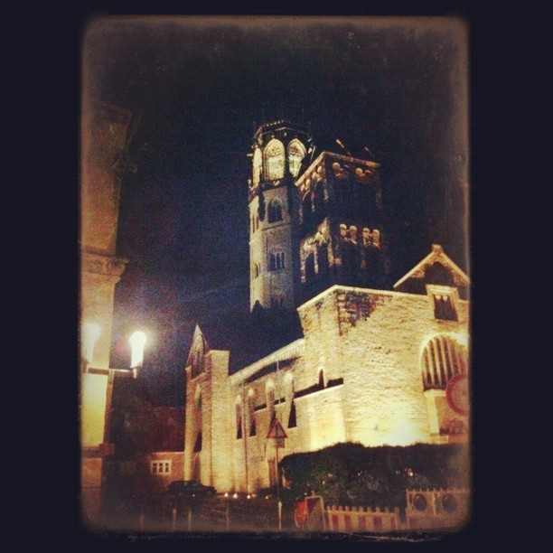 St. Ludgeri Church at night #awesomized #muenster  (Taken with Instagram at Ludgerikirche)