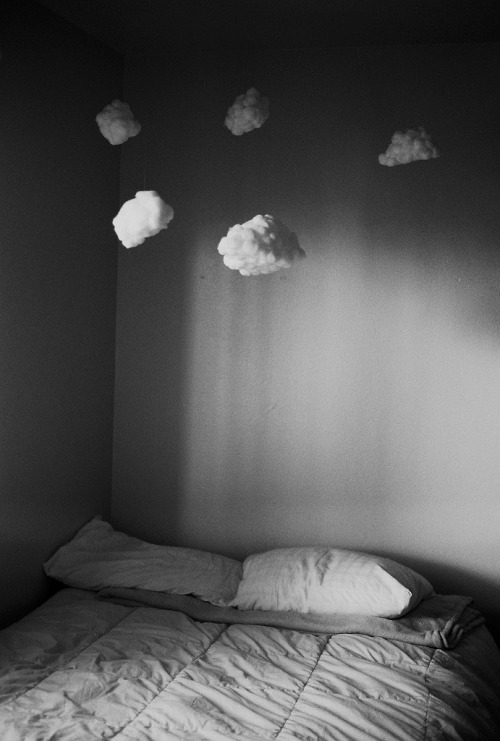 I will have a room with clouds in it one day..