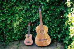 4rklights:  Uke & Guitar (by Marlous Anne)