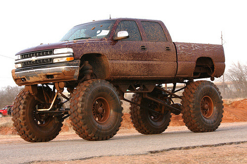 My truck when i lift it will look like this :)
