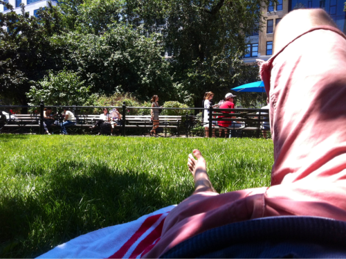 laying in the shade of union square park, it's surprisingly relaxing. namaste and happy Saturday!