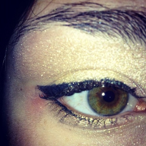 #eye #eyes #makeup #eyemakeup #summer #florida #me #ig #instagood #nakedpalette #gold #yellow #black  (Taken with Instagram)