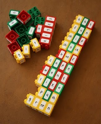 positivelypersistentteach:  Spelling with legos. I used this idea before I found it on blogs when I did literacy interventions.  It really helped some students — especially by putting blends, digraphs, and vowel pairs together.