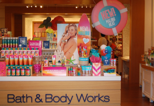 b4byniall:  bath & body works! ♥