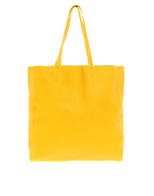Massimo Palomba Ella Narcissus Yellow ToteMore photos & another fashion brands: bit.ly/JheX8M