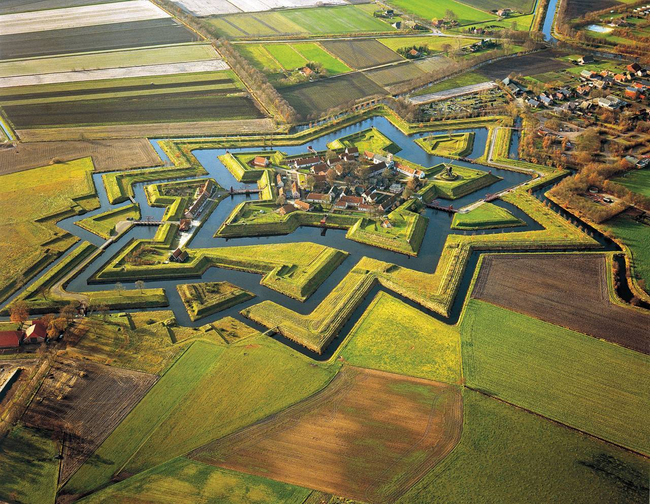 Fort Bourtange, Groningen, Netherlands. Built during the Eight Year War (1568–1648) under William I of Orange.