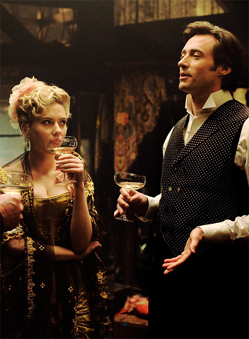 Scarlett Johansson and Hugh Jackman in the prestige (2006)