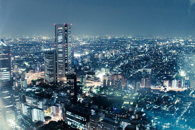 Tokyo at night by Matt Warrell on Flickr.