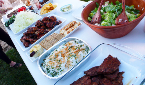 June 9, 2012 | Maternal family bbq at my cousin's  red bean xôi, chicken, pork, crackers+hummus, tortilla chips+salsa, cesar salad, gỏi đu đủ khô bò (green papaya salad with beef jerky), bánh bèo