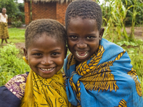 tribal-beauty:  Girl Friends by Izla Kaya Bardavid on Flickr.   This is Africa, our Africa
