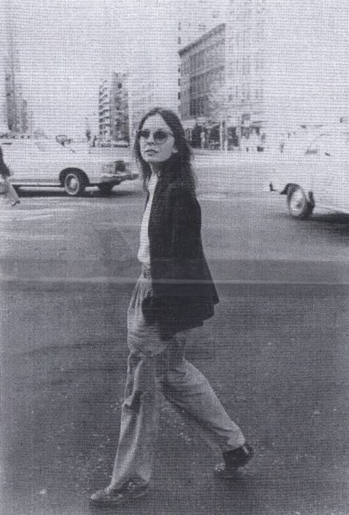 YOUNG DIANE KEATON CAME THROUGH BREAKIN HEARTS