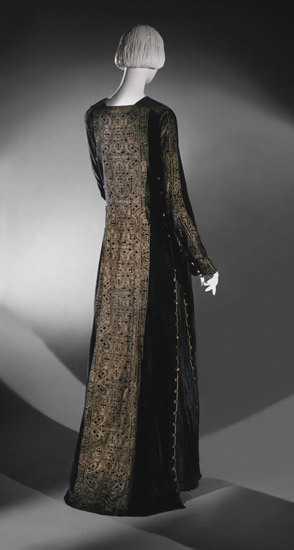Dress Mariano Fortuny, 1930 The Philadelphia Museum of Art