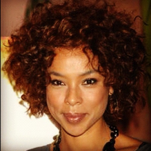 Day16: #naturalglamchallenge  celeb spotlight.  Sophie okonedo (Taken with Instagram)