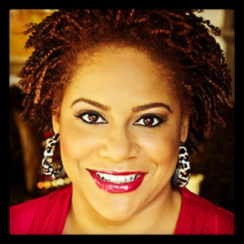 Day16: #naturalglamchallenge  celeb spotlight.  The unforgettable Kim Coles  (Taken with Instagram)