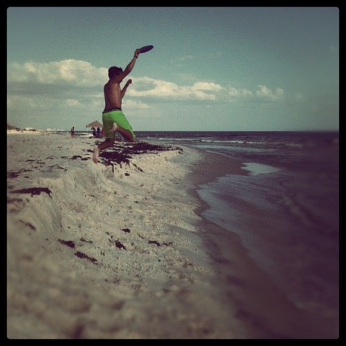 Mid air catch on Panama Beach! (Taken with Instagram)
