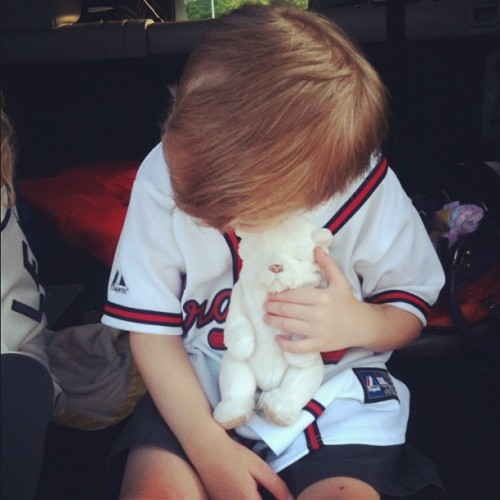 Baby puppy cuddle before the Braves Game… #baseball #instagood #instagramer #photos #instagramers #iphonography #nature #gmystudios #gmy #popular #picoftheday #iphone #photographs #atlanta #atlantabraves #cnnireport  (Taken with Instagram)