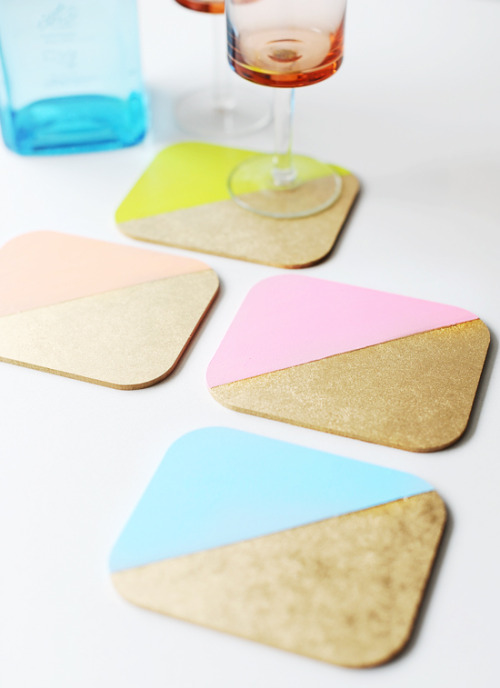 These DIY Color Blocked Coasters are an awesome way to spruce up your drink table. Try simple affordable coasters - or even some unused, unexciting ones you have lying around. - Team Forrage