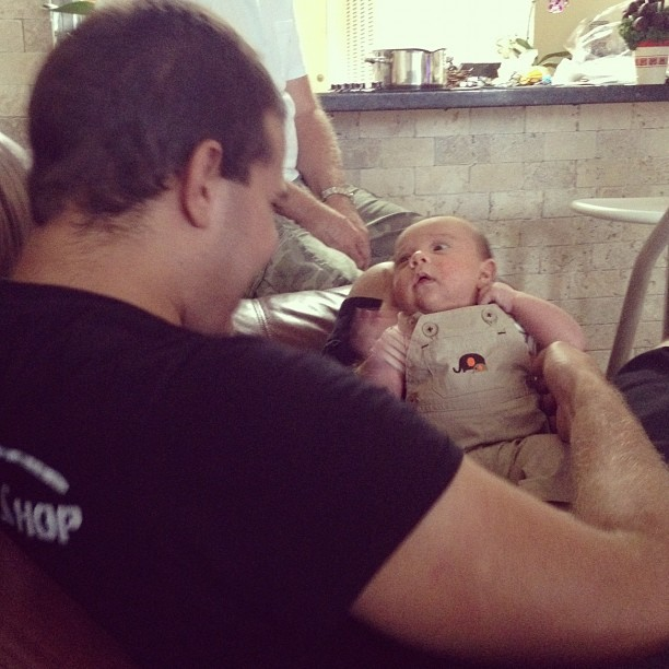 Playing with tio @jesuto2 ☺ (Taken with Instagram)