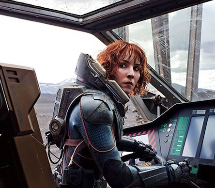thingstumbleapart:  Just saw Prometheus, Noomi Rapace was so hawt!(for a swede)