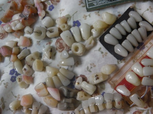 fluxie:  alchemists:  some of my teeth things