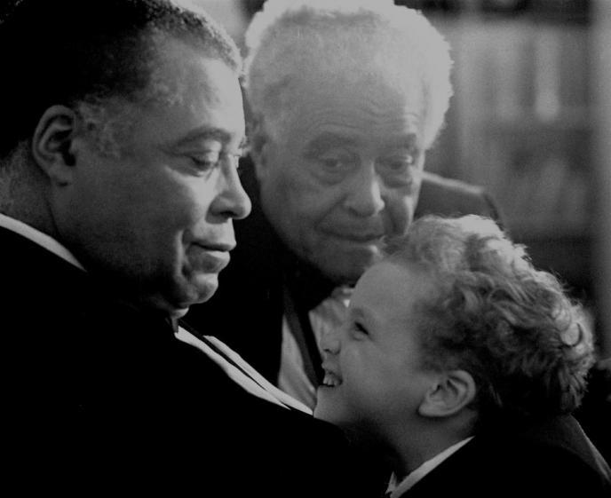 James Earl Jones, with father Robert Earl Jones and son Flynn Earl Jones at home, NYC, 1987. * - Photography by Michael Tighe.