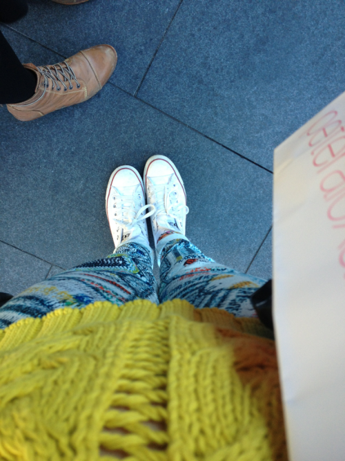 welovegreta:  Yesterday's outfit - rag and bone pants, sass and bide jumper, chucks.