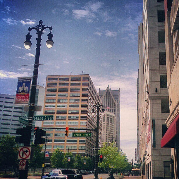 #Junephotoadaychallenge #junephotoaday Day 16 Out and About #Detroit older pic I took since I didn't go out today (Taken with Instagram)