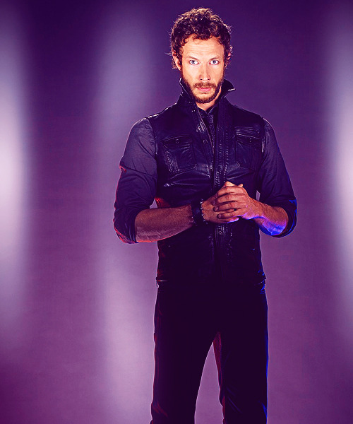 14/50 ♔ Images of Kris Holden-Ried