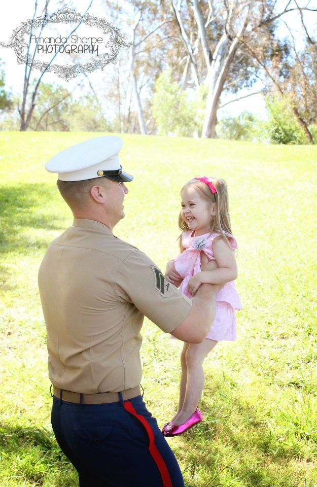 proudmarinesgirl:  I dream of us having moments like this.  Once I finally get my photography business off the ground, and we're raising our family, I want to be the person behind the lens, capturing this amazing moment between my husband and our child. Cannot wait. I love you.