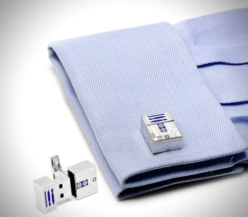 brain-food:  Star Wars R2D2 USB Flash Drive Cufflinks The R2D2 cufflinks are officially licensed Star Wars merchandise, and each cufflink holds 2GB of storage, giving you a total of 4GB to bring plenty of files with you on the go.
