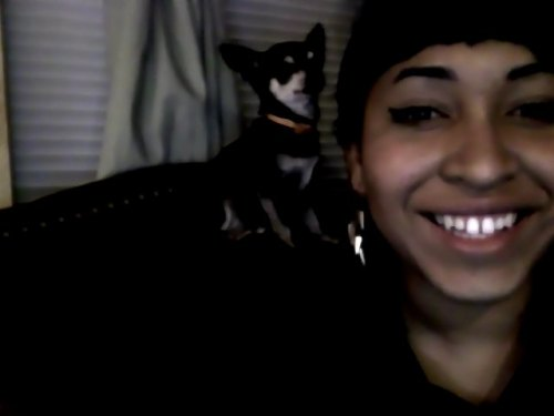 passionpalace:  !!!!! she got me all smilin' thass my baby :-)