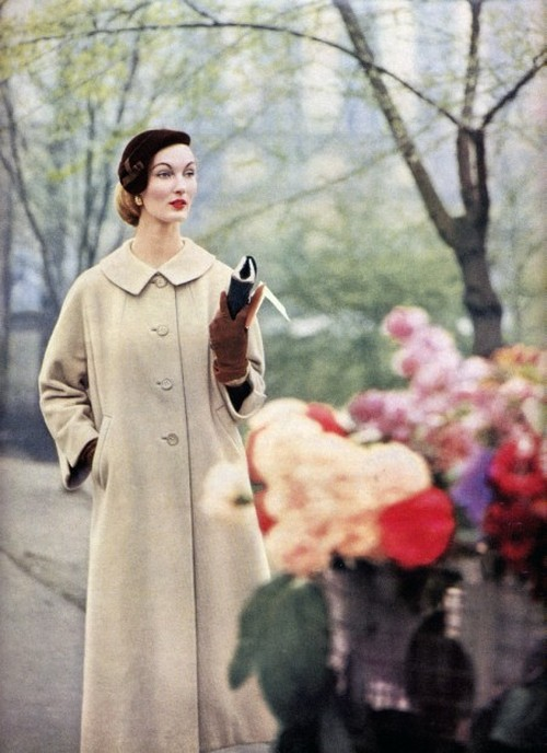 theniftyfifties:  Evelyn Tripp in a winter coat, 1950s.