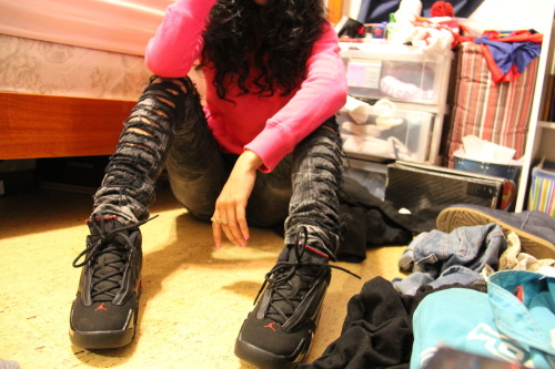 justjordans:  Just Jordans // Add Your Pics // http://obeythepinay.tumblr.com twitter: @_IDoThis254