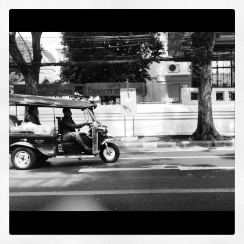 #tuktuk#iphonegraphy#picoftheday#bangkok#thailand#meijiz (Taken with Instagram)