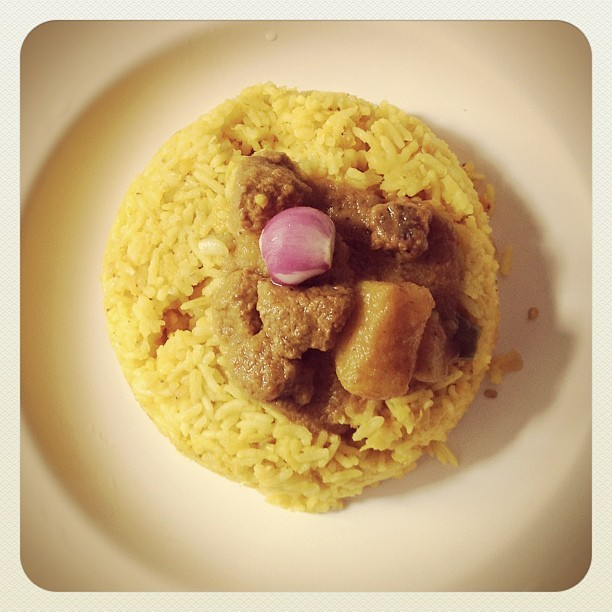 Yummy.. Beef Curry with Khichuri !! Weekend special. #beef #curry #bhuna #spice #masala #spicy #meat #bangladeshi #recipe #yummy #cook #cooking #food #hungry #hot #indian #cuisine #delicious #taste #tasty #beefcurry #beefbhuna #chilli #khichuri #khichdi #rice #daal #masalarice  (Taken with Instagram at LUCT Hostel On Campus New)