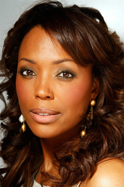 Aisha Tyler. Comedian. SF Native.