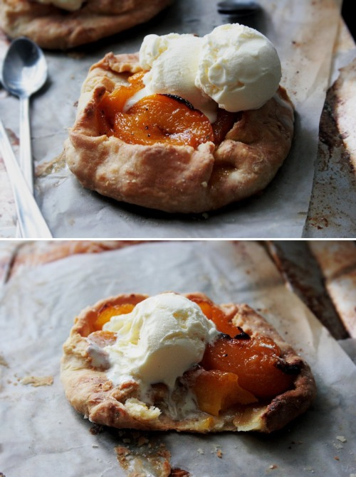williamvalle:  Cardamom-Peach Galette
