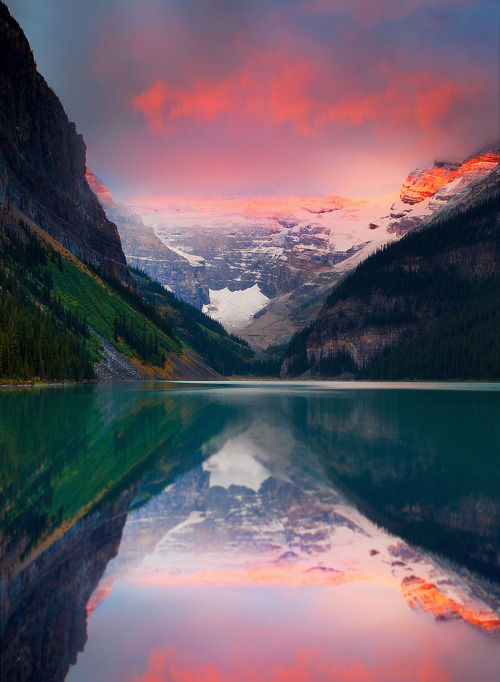 mer-de:  Lake Louise Banff National Park