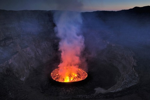 inthecenterlookingaround:  Lava Lake at Nyiragongo Volcano