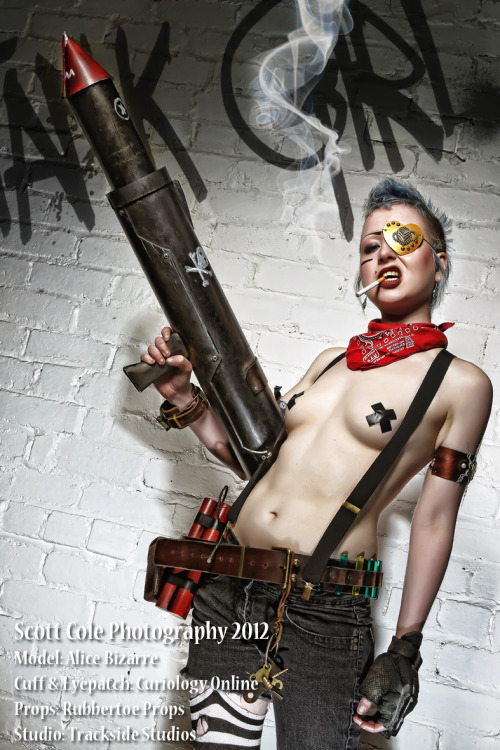 Me as tank girl by mr. Scott Cole!http://www.facebook.com/scottcolephotography www.facebook.com/AliceBizarreModelingxxxxxxxxxxxx