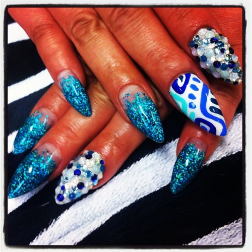 jambonails:  キラキラターコイズ。¥13650-#nail #nails #art #nailart #nailartclub  (Instagramで撮影)