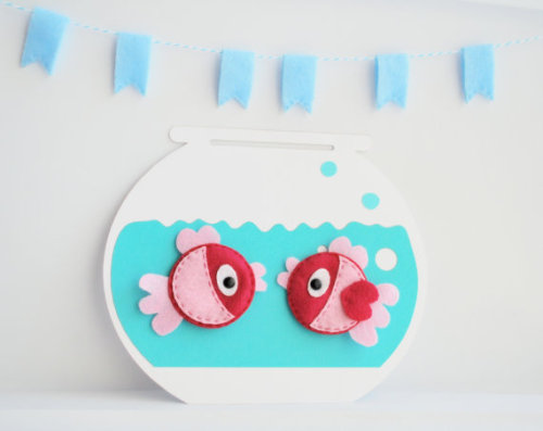 mariapalito:  (via 2 Felt Fish Magnets 2 EcoFriendly Hot pink and by Mariapalito)