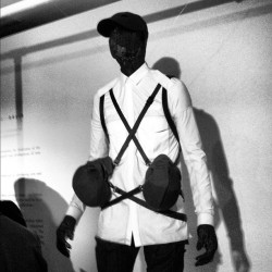Wiry models hanging around at Aitor Throup #londoncollections #attheshows  (Taken with Instagram at St. Martin's Lane Hotel)