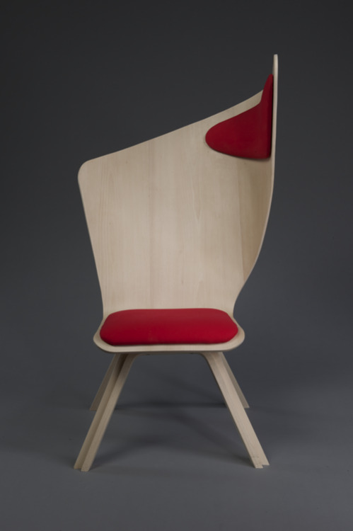 paulinevanostaeyen:  Isn't this awesome? It's the Bravo chair by industrial design student Matte Berit Nyberg. Use it as a normal chair to study, write, eat, … or as a nap chair by leaning aside against the comfy headrest.  This is so genius and perfect and stupid and I want one and WHY DID NO ONE THINK OF THIS UNTIL NOW?