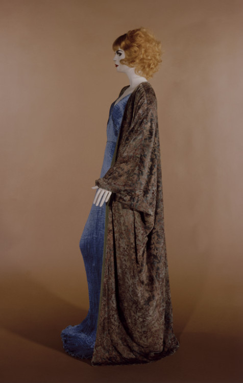 Ensemble Mariano Fortuny, 1920 The Victoria & Albert Museum