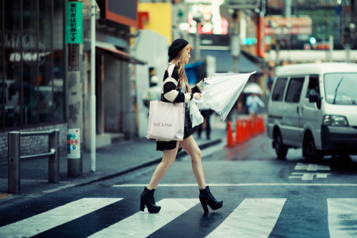uteki:  Shibuya Once Again (by Jon Siegel)